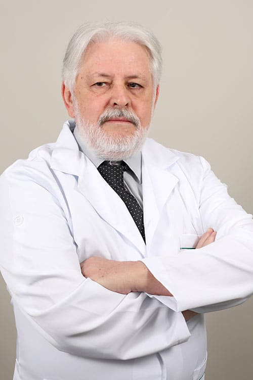 Dr. Nelson Pinto